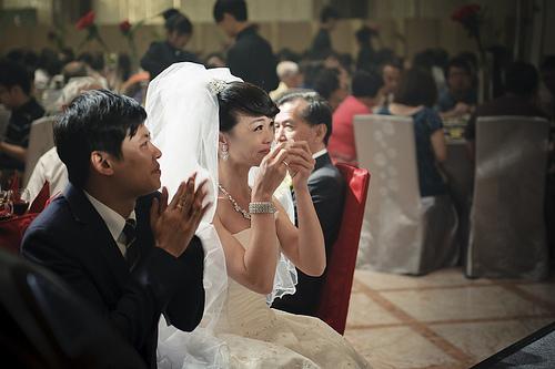 【仕事関係者の結婚式に欠席する場合の知識】電報を打つべき人って誰?何を書けばいいの? 1番目の画像
