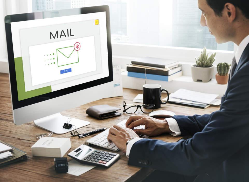 【例文あり】英語で休暇案内メールを出すときに注意すべき5つのポイント