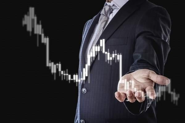 緊急ウェブセミナー「株が急落したとき必ずやるべきこと」を期間限定配信、個人投資家が取るべき行動を学ぶ