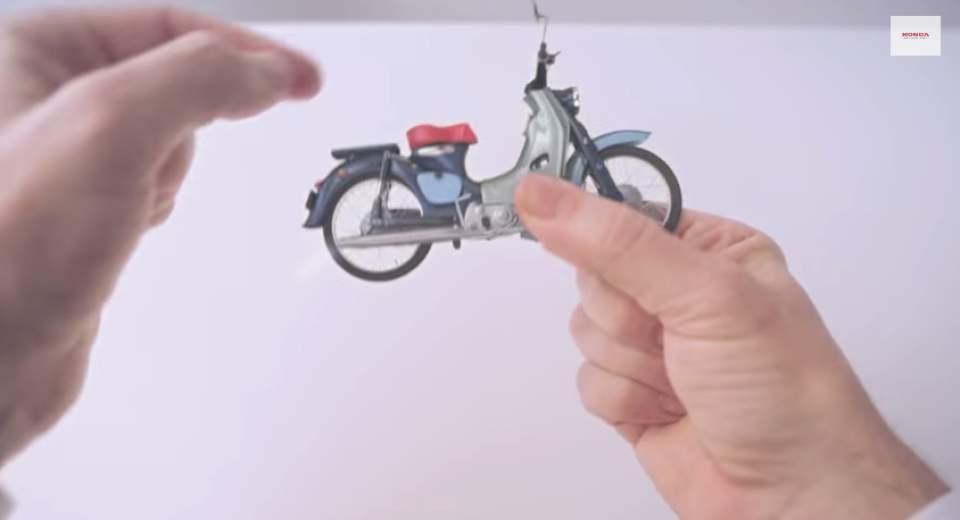 """ナットからロボットまで―ホンダの65年を2分間で振り返る話題のCM「Honda """"Hands""""」 3番目の画像"""