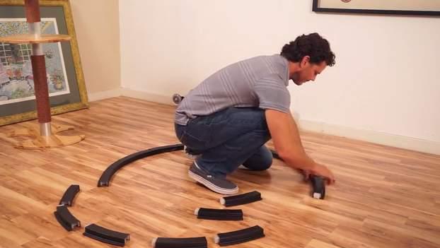 飼い猫をとっとこ走らせるホイール型のランニングマシン「OneFastCat」 6番目の画像