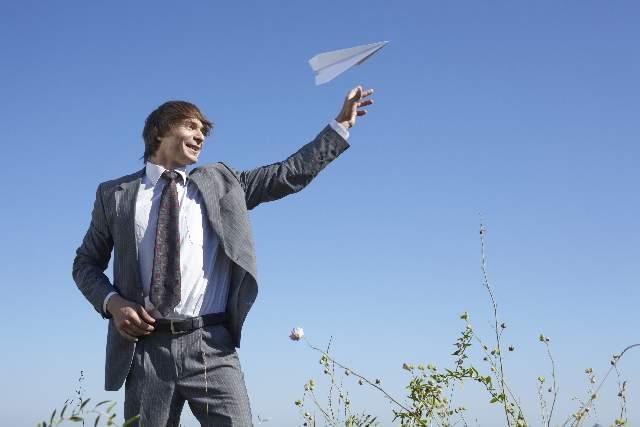 飛行機でスマホ使用が解禁!?航空法改正で何が出来るようになるのか 1番目の画像