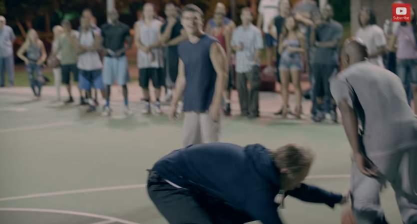 バスケ界に新生あらわる!史上最強の老人コンビが、ストバスの若者を滅多打ちにする。その正体は…。 6番目の画像