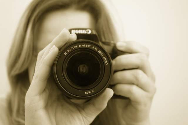 "LINEが出した ""自撮り専用""カメラアプリ「B612」は他のカメラアプリと何が違うのか? 2番目の画像"