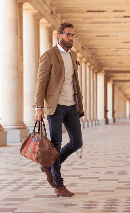 シューズとバッグの色を合わせるだけ!ちょっとした意識で普段のビジネスカジュアルが変わる 3番目の画像