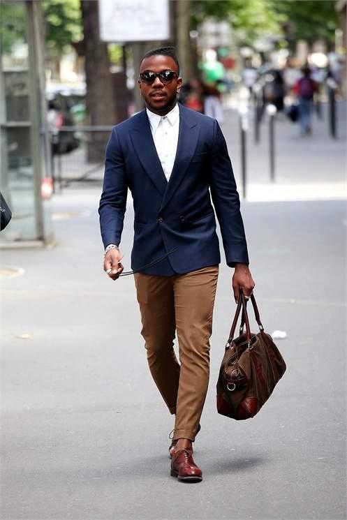 シューズとバッグの色を合わせるだけ!ちょっとした意識で普段のビジネスカジュアルが変わる 2番目の画像
