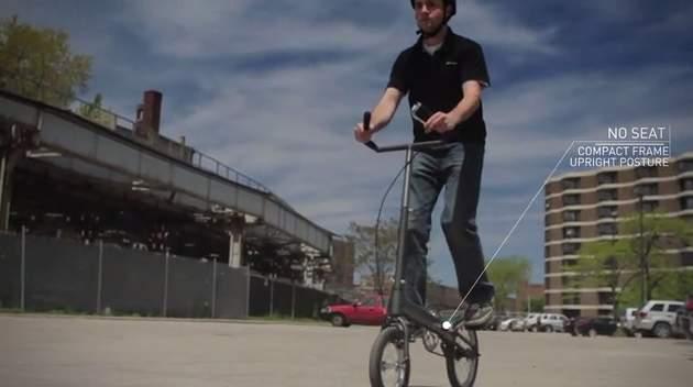 もうサドルなんていらない。サドルの無い折りたたみ「立ち乗り」自転車がスタイリッシュ過ぎる 2番目の画像