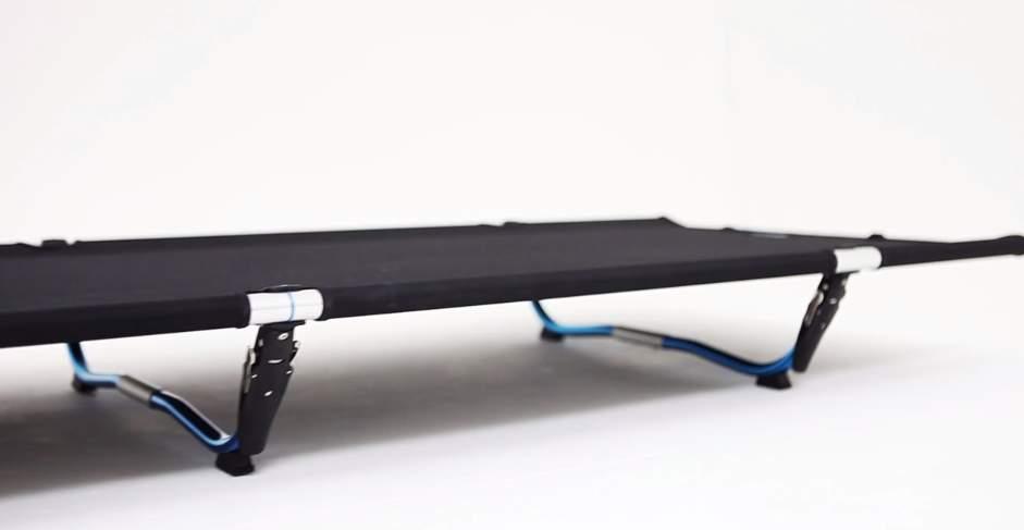 簡単60秒で組み立て!ベッドにもチェアにもなるアウトドアキット「Cot One」 10番目の画像