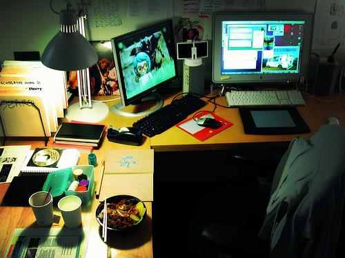 毎日のちょっとした時間でデスクを綺麗に! オフィスの環境を整えるデスクの掃除方法 1番目の画像
