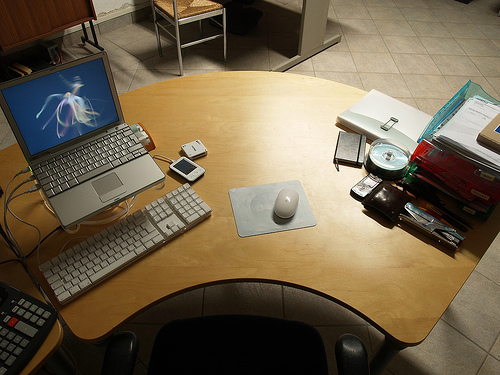 業務をしやすい環境を作る! 整理整頓を心がけてデスクを快適なスペースにしよう 1番目の画像