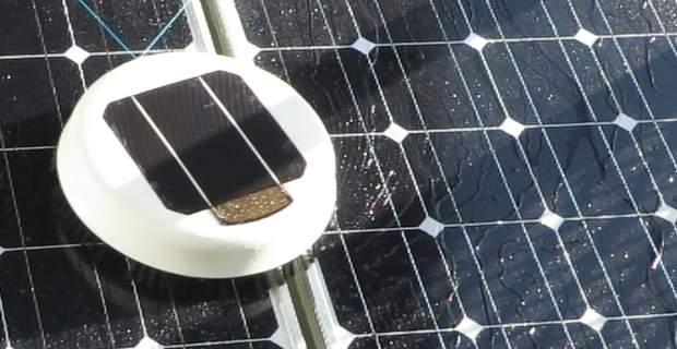 ルンバみたいでかわいい!ソーラーパネルを清掃してくれるロボット「Scrobby Solar」 2番目の画像