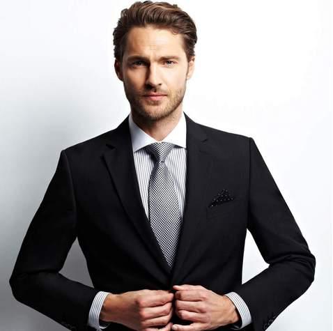 【スーツの豆知識】スーツを選ぶ時に知っておきたい、色が与える印象をまとめてみた 2番目の画像