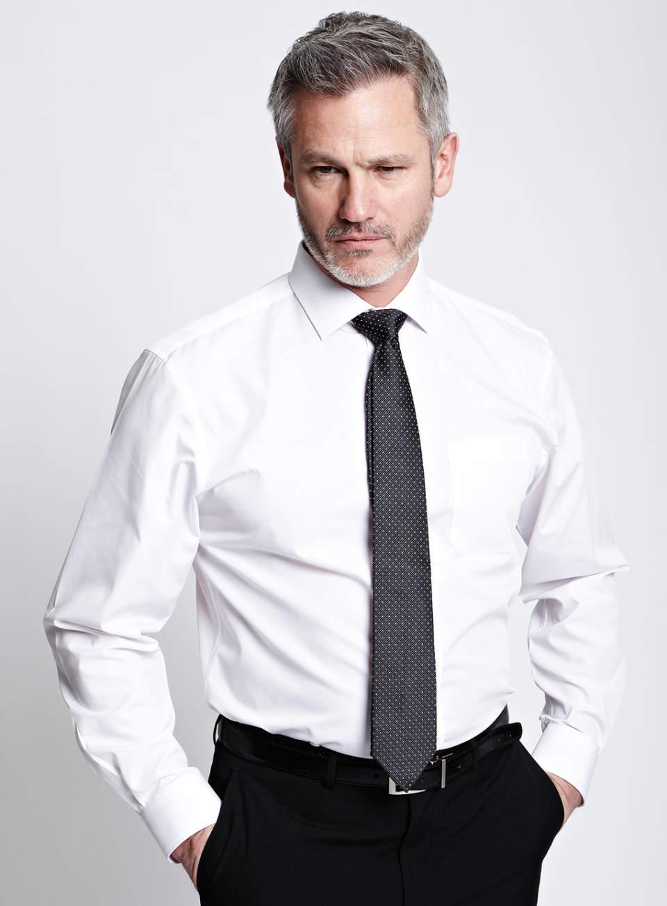 ワイシャツは生地×機能性で。ワイシャツの選び方を変えればこだわりの一着が見つかります 2番目の画像