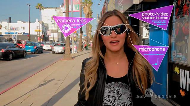 スパイに憧れていたあなたへ。動画も撮れる小型カメラ搭載サングラス「Pivothead」 1番目の画像