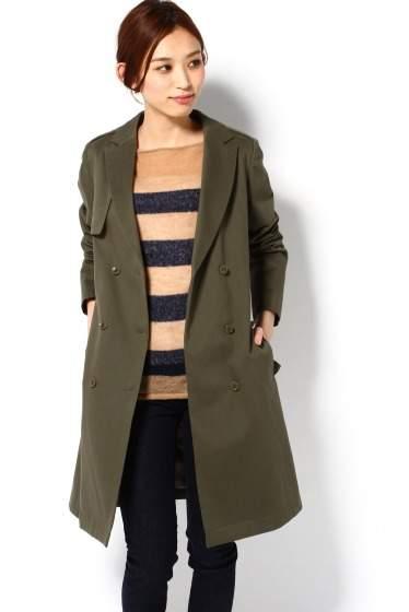派手じゃないのに印象的。甘さ控えめなスモーキーカラーで冬服に新しいスパイスを 2番目の画像