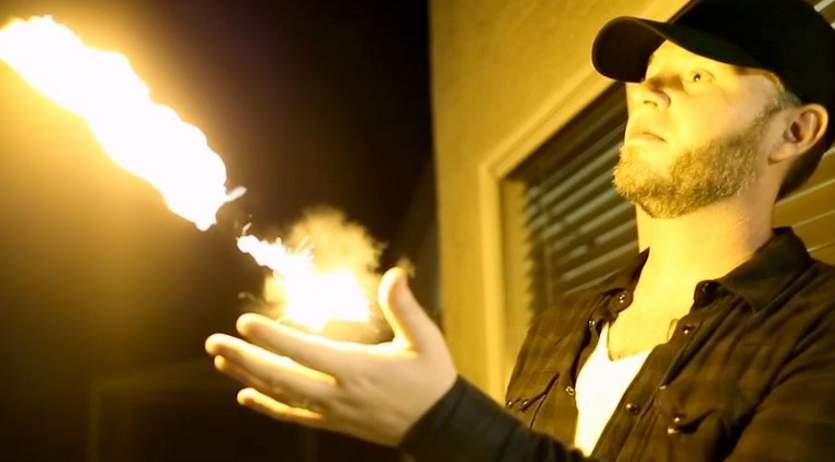 これぞ男の夢! 手から炎が放てるようになる熱すぎるガジェット「PYRO」 4番目の画像