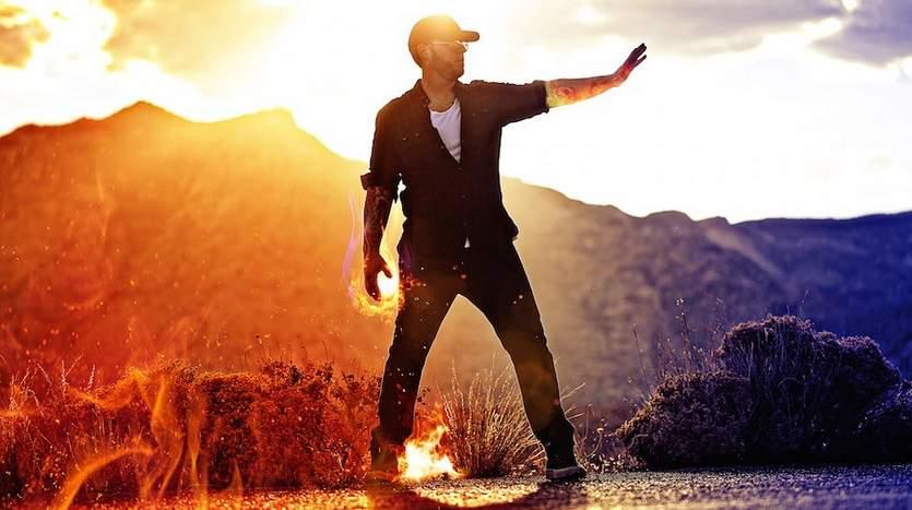 これぞ男の夢! 手から炎が放てるようになる熱すぎるガジェット「PYRO」 5番目の画像