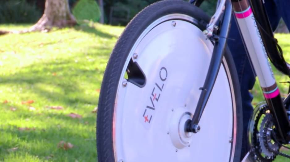 普通の自転車を電動に変える。取り替えるだけでOKのホイール「Omni Wheel」はスポーツにも 2番目の画像