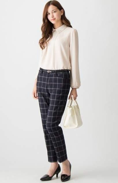 働く女性のリアルな着こなし。毎日楽しく過ごすためにはオン・オフ何着てどう過ごす? 3番目の画像