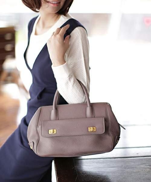 働く女性のリアルな着こなし。毎日楽しく過ごすためにはオン・オフ何着てどう過ごす? 1番目の画像