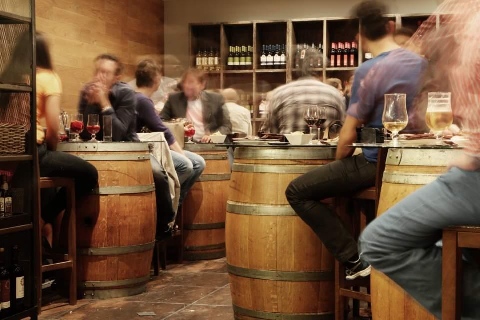 外食産業の総居酒屋化:ターゲット層とニーズに見る居酒屋ビジネスの変化 1番目の画像