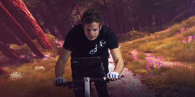 もう作業的なダイエットは辞めよう。ゲームをしながら体を絞れるエアロバイク「The ebove」 1番目の画像