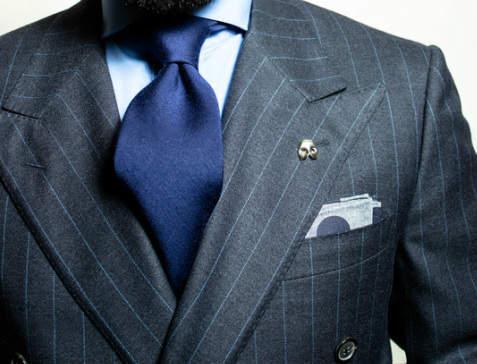 【応用編】いつものスーツスタイルに革命を。 定番の着こなし「ちょい変え」のマンネリ打破テクニック 5番目の画像