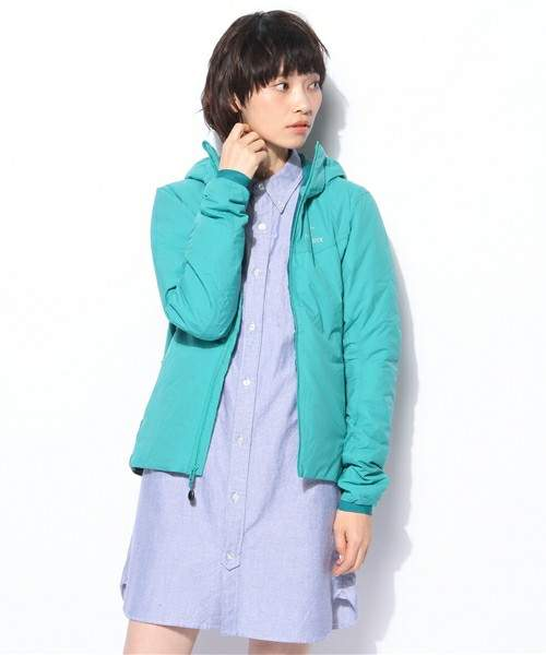 皆の悩みのタネ「雨の日ファッション」。賢くオシャレなコーディネートで寒さも汚れも気にならない! 3番目の画像