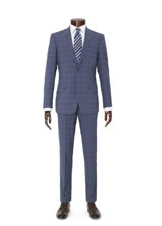 定番の「ネイビースーツ」も旬を取り入れてカッコよく。Paul Smithの新作スーツが見逃せない 2番目の画像