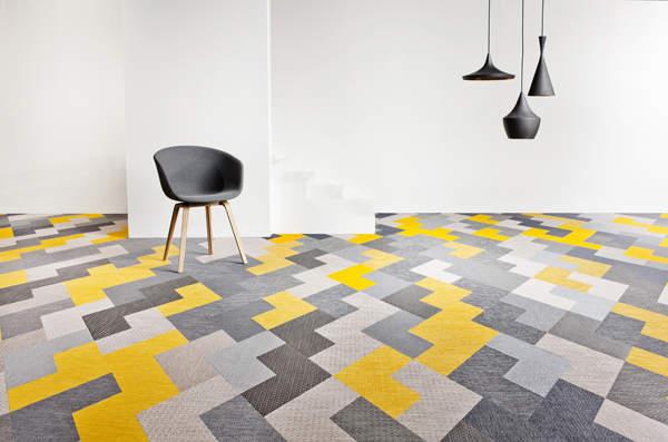 床だってお洒落に飾りたい。タイルカーペットを使ったインテリア事例3選 1番目の画像