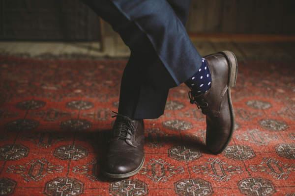カッコいい着こなしは足元から。スーツに合わせる靴下はどういったものがベスト? 4番目の画像