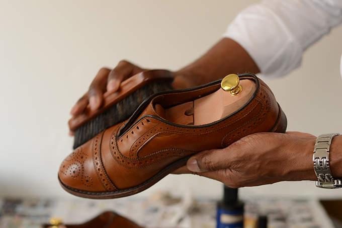 今日から始める靴磨き。革靴の磨き方は4つのステップを踏めば、簡単にできる! 2番目の画像