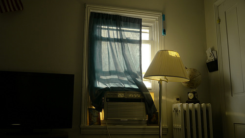 カーテンは部屋の雰囲気を左右する。自分の部屋に合ったカーテンの選び方 3番目の画像