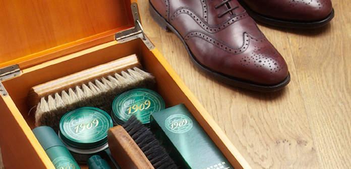 革独自の味わいある変化を楽しむ。初心者が知っておくべき、革靴のケアに欠かせないブランド3選 4番目の画像