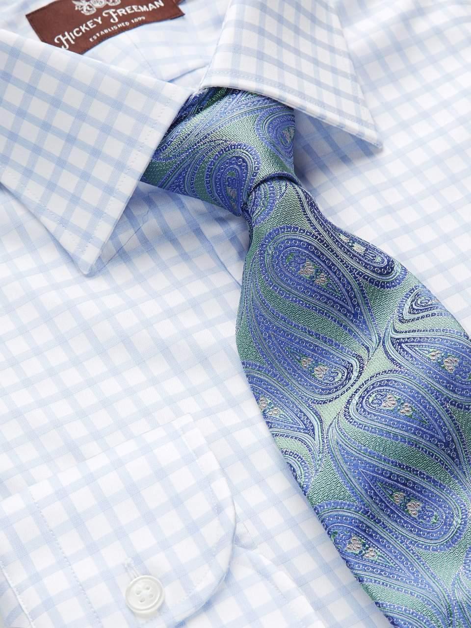 一歩差をつける遊びのテクニック。ジャケパンの決まり手はシャツとタイが織りなすVゾーンにある 5番目の画像