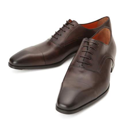 シンプルな作りに光る個性。革靴の一足目には幅広いシーンで活躍する「ストレートチップ」を購入すべし 2番目の画像
