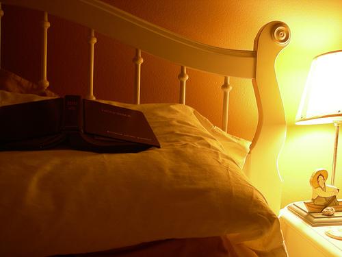 サイズ以外にも重要なことが満載。あなたの寝室にしっくりくるベッドの選び方 1番目の画像