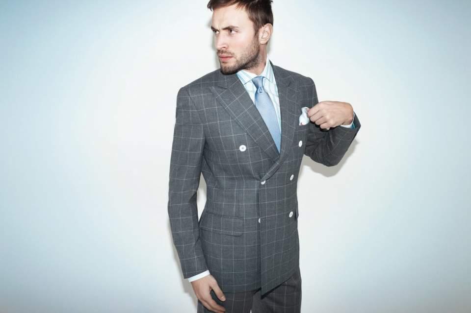 スーツスタイルに自分らしさを! 明日から実践したくなるお洒落なスーツ着こなし術 1番目の画像