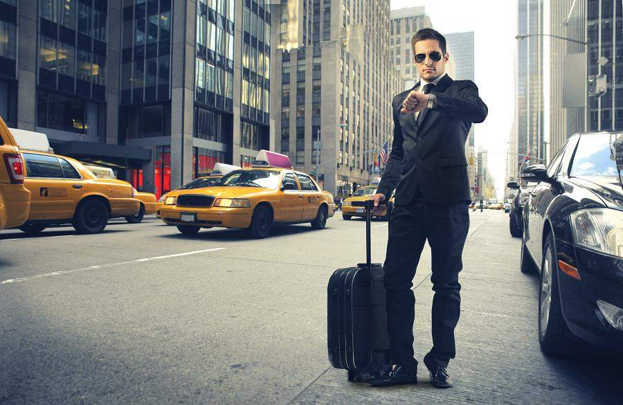 男ならおしゃれに生きろ! 一味も二味も違うビジネスマンになるためのメンズバッグ特集 1番目の画像