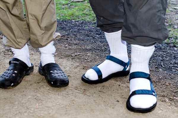 夏のキーアイテム:スニーカー&サンダルに合わせる「靴下」はこう選べ! 最も軽視される足もとお洒落 5番目の画像
