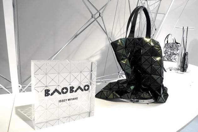 メンズラインから新作が登場……! 知る人ぞ知る「BAO BAO(バオ バオ)」バッグが人気なワケ 1番目の画像