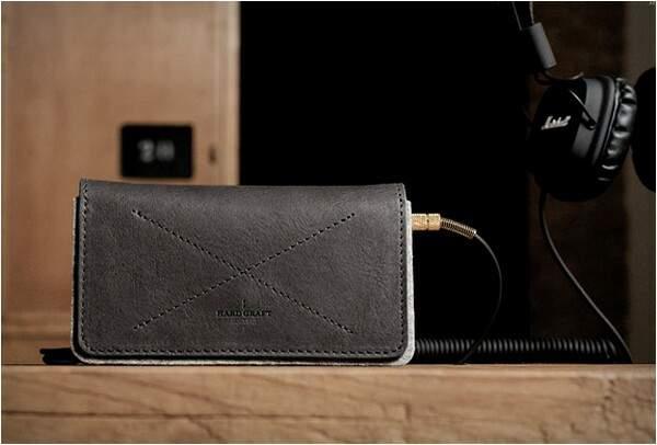 トレンドの先にあるもの。デキる大人には「スマホケース」×「財布」がおすすめ 1番目の画像