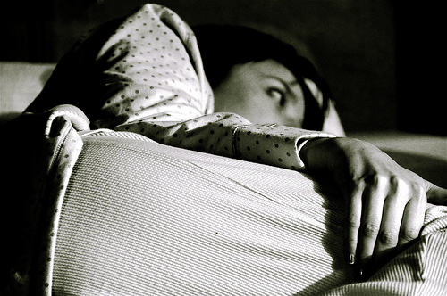 夏のベッドは寝苦しい……。ベッドルームを涼しく快適にするための3つの工夫 1番目の画像