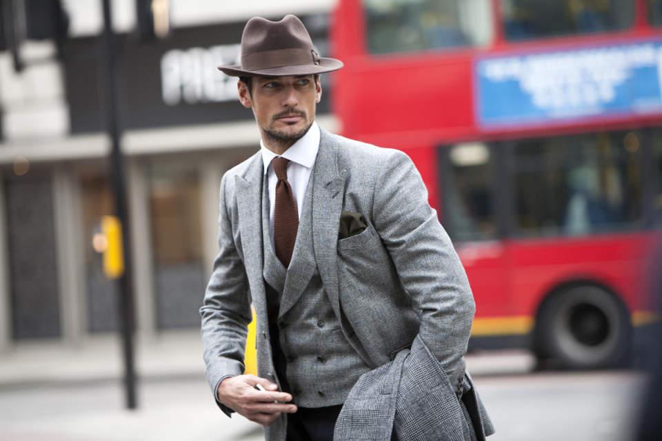 スーツのおしゃれな着こなし方って? 「おしゃれ」なスーツ着こなしの成功法を徹底解説 1番目の画像