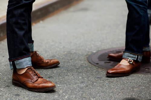 革靴×ジーンズで大人なカジュアルスタイル作り。男らしさを引き出すコーディネート術 1番目の画像