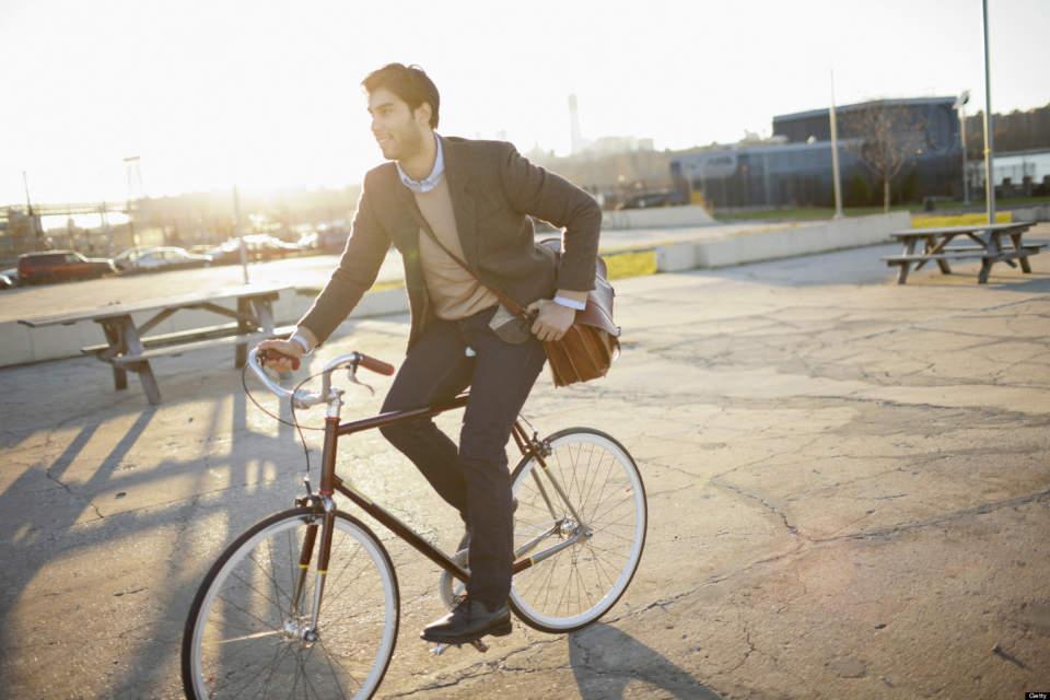 自転車通勤でスマートに、おしゃれに。自転車通勤におすすめしたい珠玉のクロスバイク5選 1番目の画像