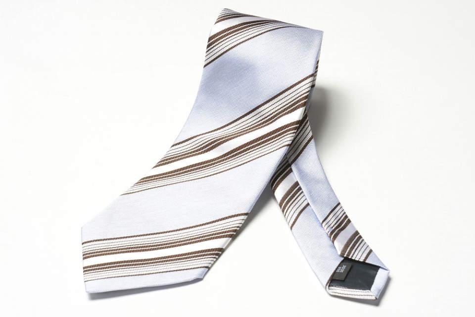 おすすめは洗練されていて、さりげなくおしゃれなネクタイ。大人のおしゃれに欠かせないネクタイ4選 4番目の画像