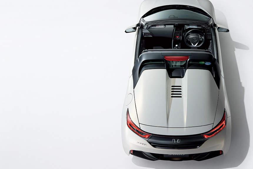 国産スポーツカーを牽引する「ホンダ」。S660が世界クラスのスポーツカーと名高い理由(ワケ) 5番目の画像