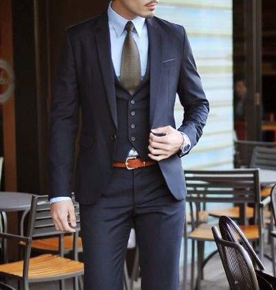 「スーツとベルト」は意外と見られてる? 真の洒落男はスーツとベルトの組み合わせから。 4番目の画像