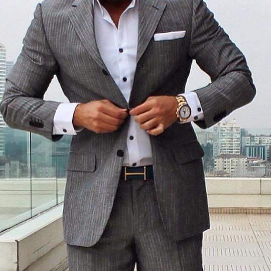 「スーツとベルト」は意外と見られてる? 真の洒落男はスーツとベルトの組み合わせから。 2番目の画像